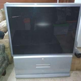 TV Toshiba Proyektor 50 / model no. 50VR9UE