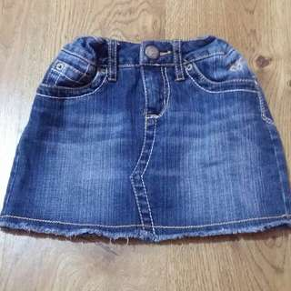 (Preloved with excellent condition) Rok jeans, merk.Justice, size 5-6 tahun, pinggang bisa diatur