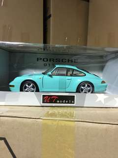 1/18 Porsche 911 Coupe. Mint Green. UT.