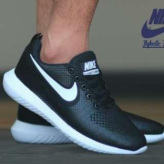 Nike Flyknite sz 40-44