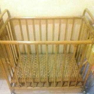 Rattan Baby Cot