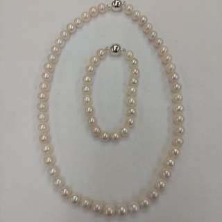 (One Set) Fresh Water Pearl Necklace and Bracelet