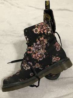 Doc Martin | Flowery Boots
