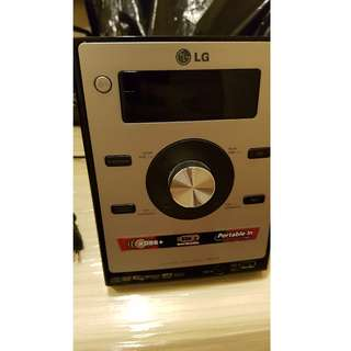 LG Music Player (DVD, USB, MP3, RADIO) - no speakers
