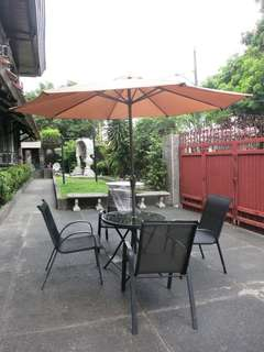 Outdoor Coffee or Dining Set 1 table 1 umbrella and 4 chairs
