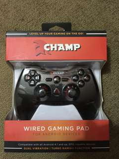 CHAMP wired gaming pad