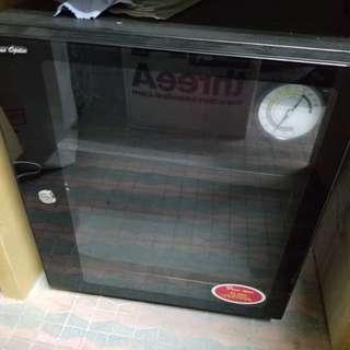 66L電子防潮箱