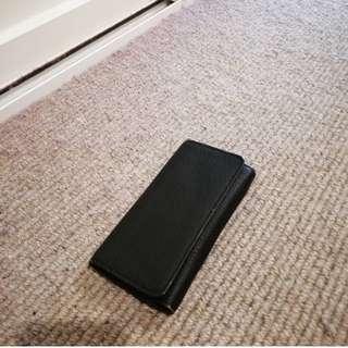 MANGO black zip purse