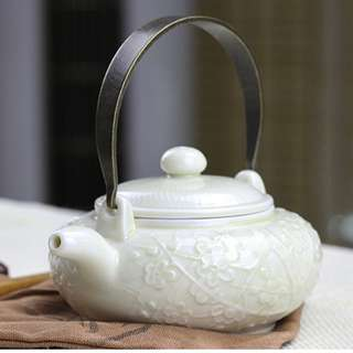 Chinese porcelain tea set teacup teapot