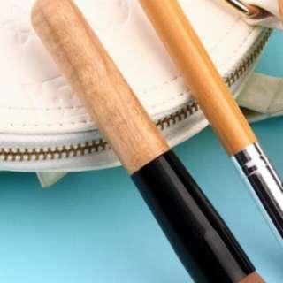 Brush makeup 1 pcs