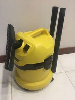 WD 2 KARCHER VACUUM CLEANER(Faulty)