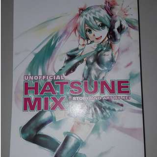 Unofficial Hatsune Mix Manga Story and Art by Kei