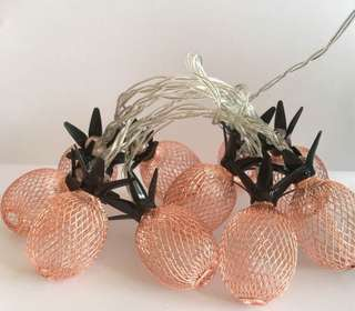 Retro pineapple lights