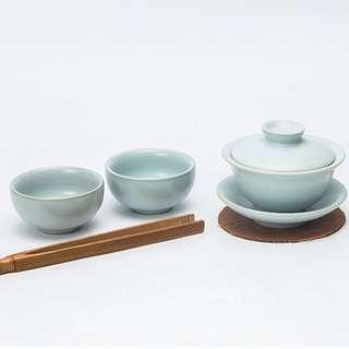 Chinese porcelain tea set teacup teapot