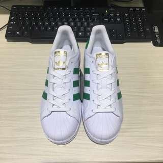 愛迪達 Adidas 三葉草金標綠色條紋運動鞋滑板鞋