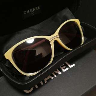 Authentic Chanel sunglass