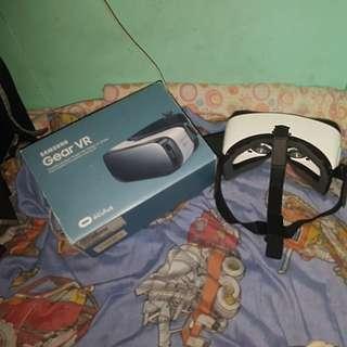 Samsunng Gear VR powered by oculus