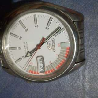 seiko5 automatic watch original 2months old (open for swap only for cellphone)