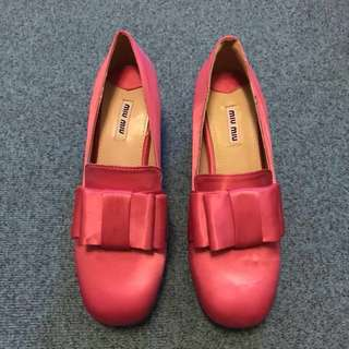 👠MIUMIU桃紅色緞面蝴蝶結粗跟高跟鞋 37號 #換季五折