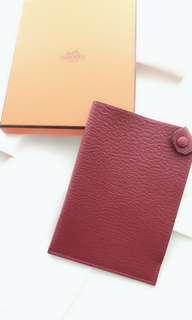 全新 Hermes 棗紅色passpopt套 護照套