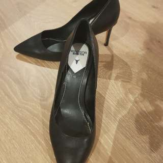Winsdor smith heels