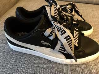 Puma Basket Heart De Women's Shoes (Black/White) UK7 EU40.5 US9.5 CM26