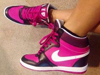 Nike Force.