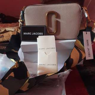 Marc Jacobs Semi Premium