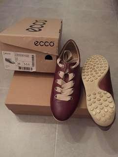 Ecco Ladies shoe Brand New