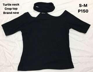 Turtle neck crop top