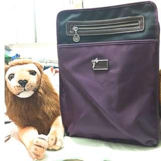 A4 偏深紫方形包包