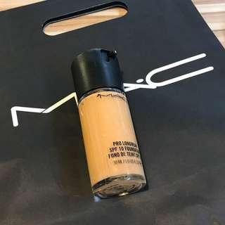 《現貨》MAC天生美肌 粉底液 健康膚色