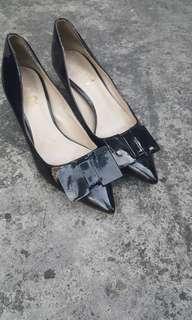 Free SF in MM! Repriced! Black shoes kitten heels
