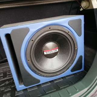 Woofer and Amplifier Good Quality