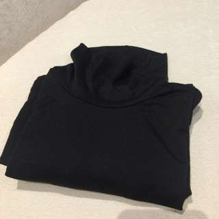Uniqlo Heattech Turtle Neck