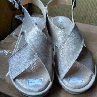 isabel GIGI sepatu Sandal Wanita