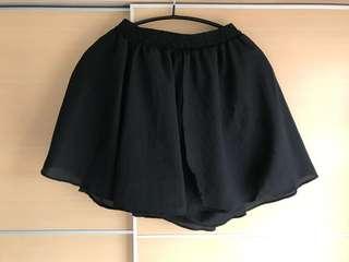 黑色裙褲 橡根頭