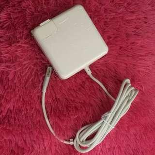 Original Macbook Charger