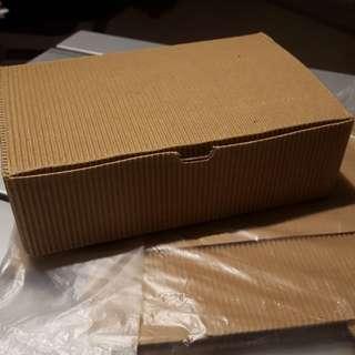 Kraft Paper Boxes (5 pack) 18cmx12cmx5cm