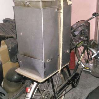 燒肉粽,腳踏車 ,生財器具
