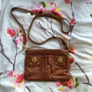 Marc by Marc Jacobs Totally Turnlock Percy Crossbody Bag Purse in Brown Tan