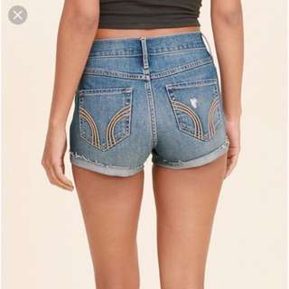 hollister high rise frayed denim shorts