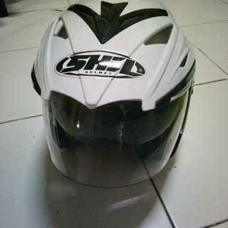 Helm shel
