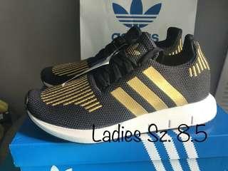 New Adidas Swift Run 8.5 Ladies Black Gold