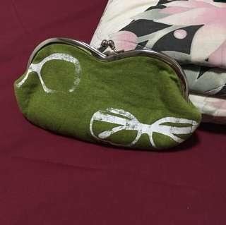 Green handmade specs print pouch