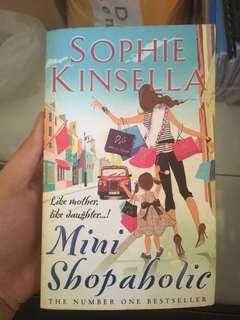 Mini Shopaholic by Sophie Kinsella #bajet20