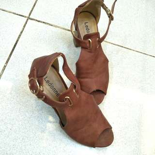 Brown open toe- 2.5 inches