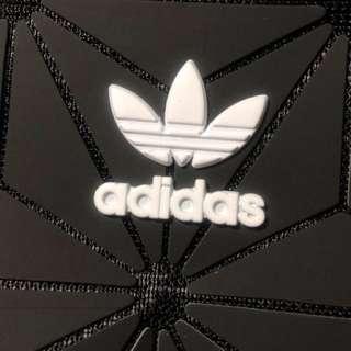 Adidas 三宅一生 3D菱形幾何圖 時尚包包