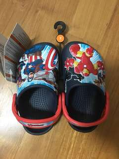 Crocs kids marvel hero size 7
