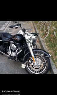 Feb 2013 FLHR Road King ( vivid black ) For Sale